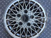 Porsche 924 – Cast spoked wheel