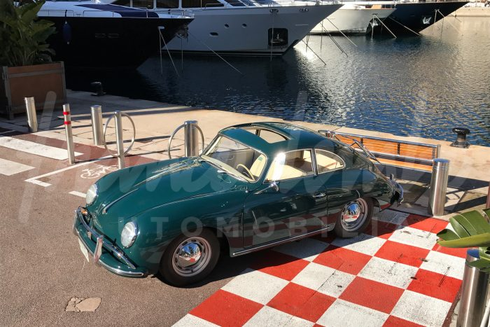Rare Porsche 356 A T2 vert Fjord avec toit ouvrant