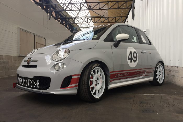 Explosive and brand new Abarth 500 Assetto Corse only 35 kilometers, Limited Edition n°37/49, from 2009
