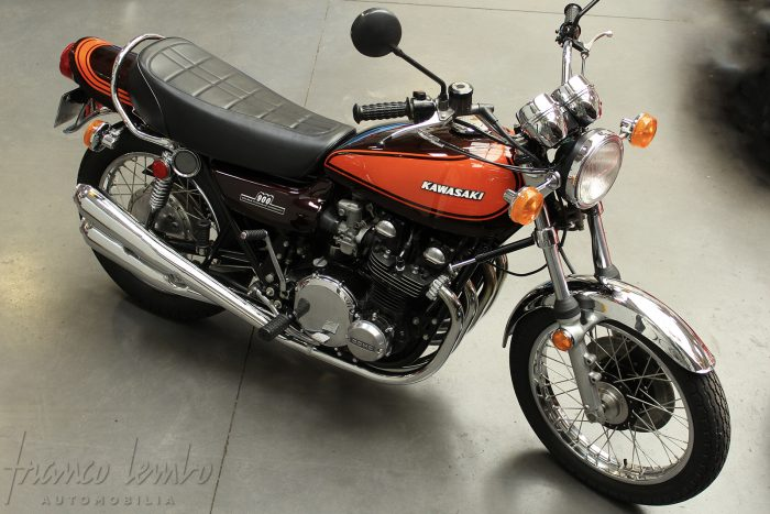 Fully restored Kawasaki 900 Z1 from 1973