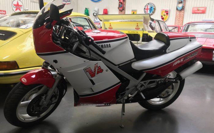 Iconique Yamaha RD 500 LC, 1989  seulement 24900 Km, jamais restaurée.
