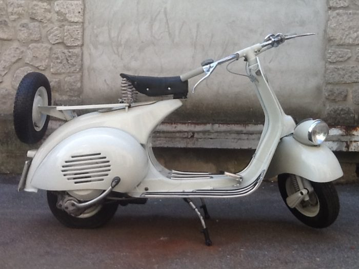 Superbe VESPA 125 VM2T Faro Basso 1954