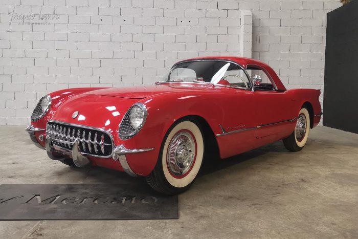 Iconique Corvette C1 rouge 1954 Blue flame