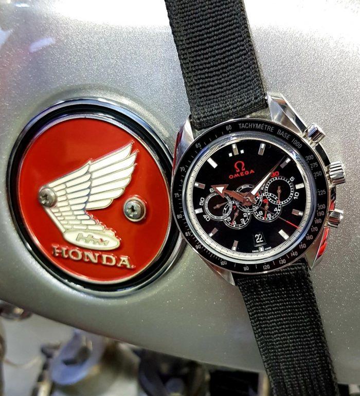 Omega Chronographe Broad Arrow Automatic Olympic 5 compteurs, circa 2016.