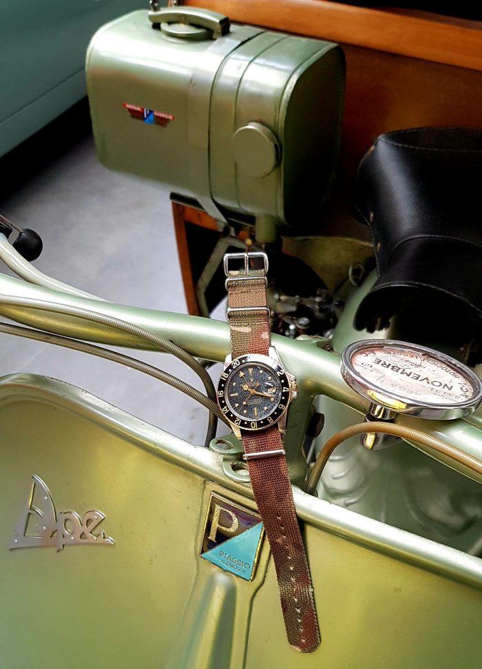Rare Rolex GMT Master Or et Acier, circa 1975.