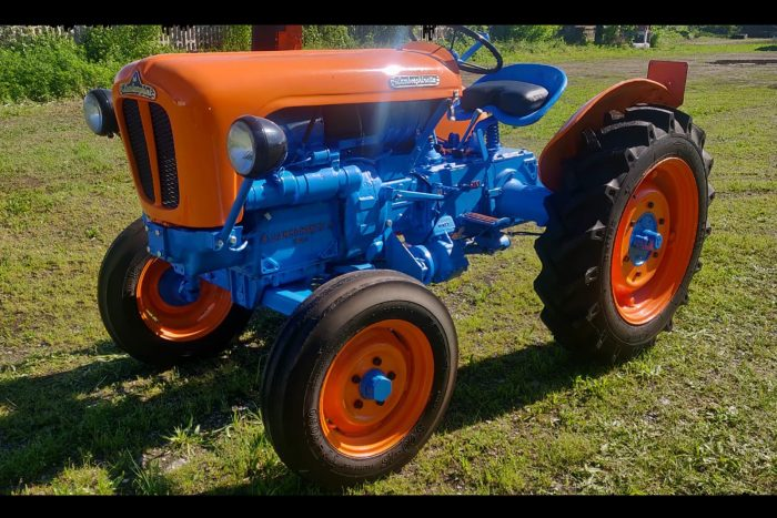 Lamborghini Tractor Lamborghinetta 2241 R, 1961, 2 driving wheels, 24 HP Diesel.