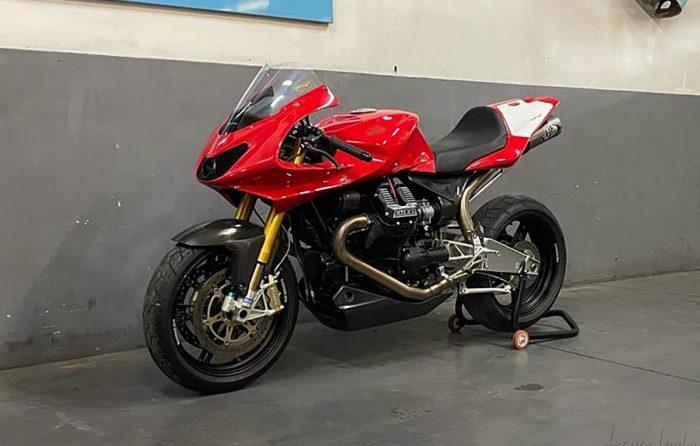 Moto Guzzi MGS-01 Corsa 2006/150 units produced, only 607 kilometers !!