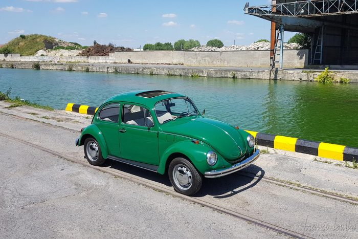 Volkswagen 1302 1972, only 3 owners, delivered new in Paris, rare sunroof, Sumatra Green, original 74,000 km, Lecoq paint.