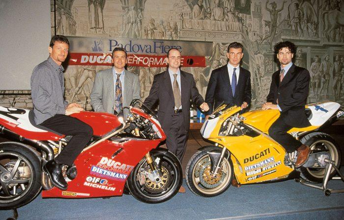 Ducati 748 World Championship SuperSport series 1997 with Gasolio (Paolo Casoli ) .